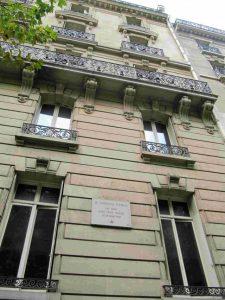 18, avenue de la Bourdonnais à Paris